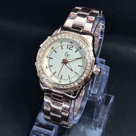 Jual Jam Tangan Wanita jual jam tangan wanita guess collection gc di lapak