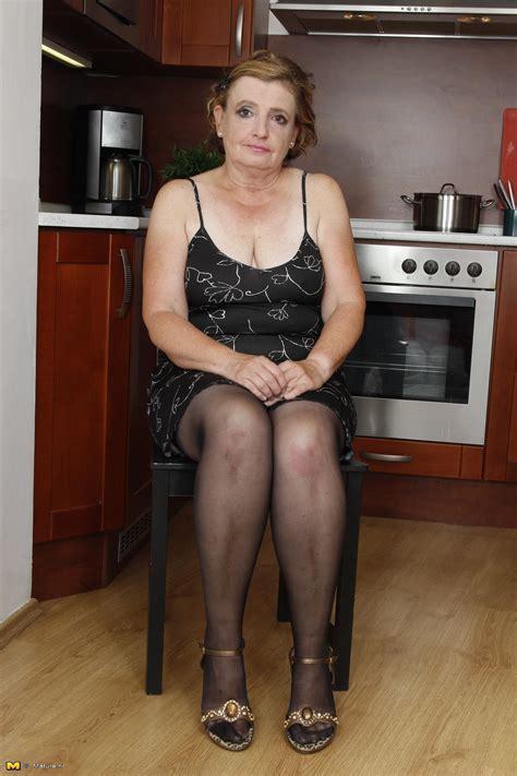 Mature Nl Only At Mature Amateur Moms Older