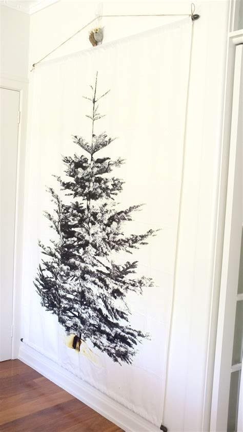 christmas decorating update 4 a wall christmas tree