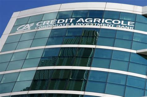 siege credit agricole grèce lourde facture en vue pour le crédit agricole