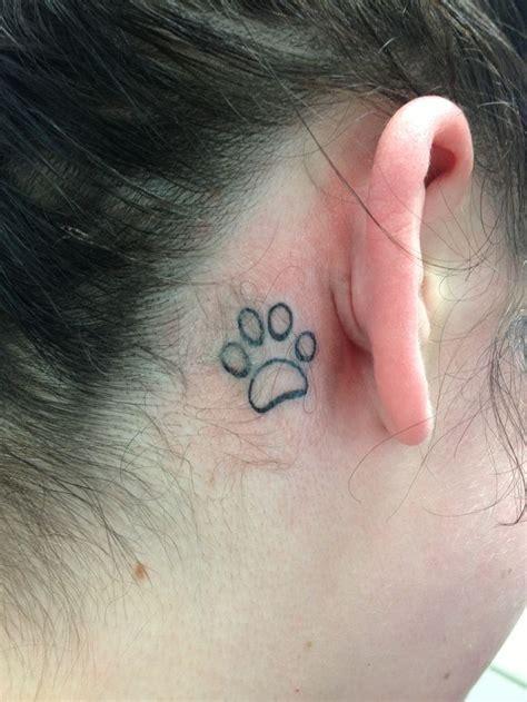Simple Skull Henna Tattoo Designs