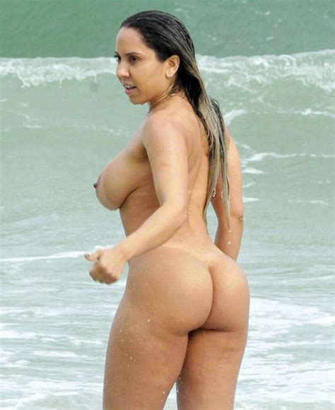 Brazilian Model Renata Frisson Nude On The Beach Scandal