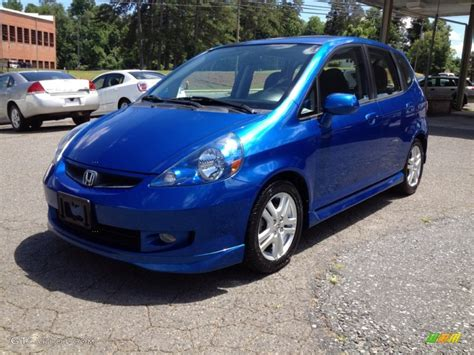 The honda fit distinguishes itself with agile handling, zippy performance, and impressive practicality. 2007 Vivid Blue Pearl Honda Fit Sport #66207563 | GTCarLot ...