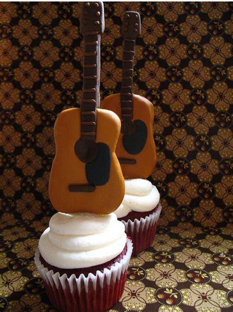 cool cupcake  mini guitars   toppng