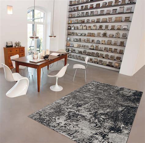 tapis contemporain gris pour salle 224 manger moon arte espina