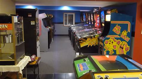 Gameroom Showcase Vector Videogame Madness  Gameroom Junkies