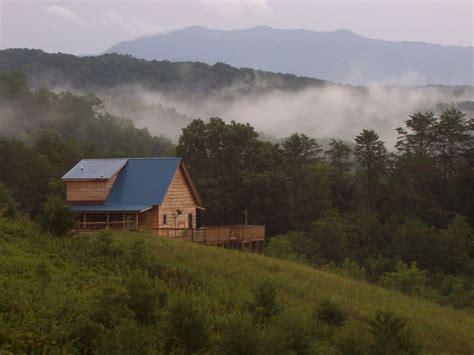 mountain cabin    comforts  hom homeaway
