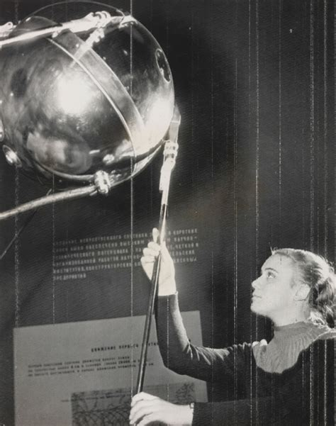 Science Museum Group Journal - Sputnik and the 'scientific revolution' - what happened to social ...