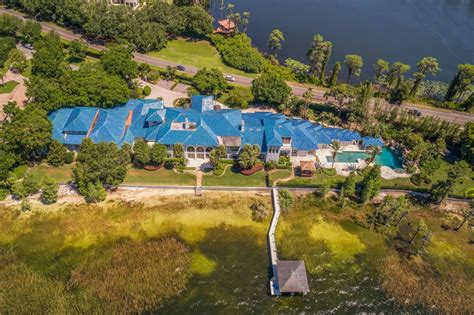 shaquille oneal lists  sqft orlando mega mansion