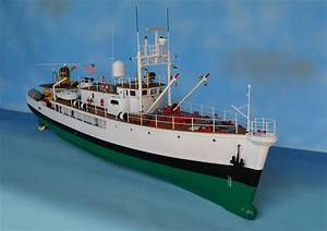 Remote Control Calypso Model Boat