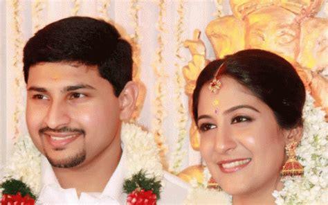 Swetha Mohan Wedding Photos And Marriage Reception Stills