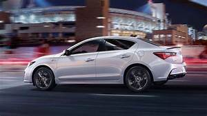 Acura Finally Brings Apple CarPlay to the Refreshed 2019 ILX