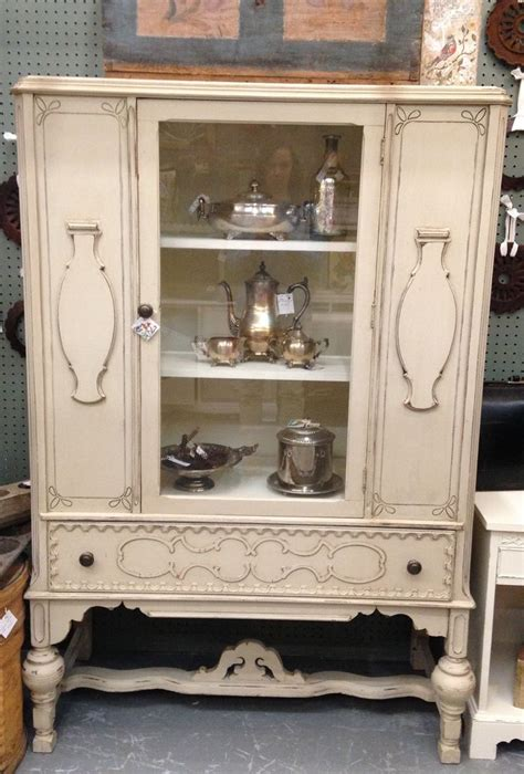 Painted Hutch Ideas - best 25 china cabinet painted ideas on china