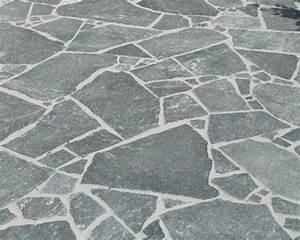 natursteine 30 qm polygonal spalt platten quarzit fur With französischer balkon mit natursteine verlegen garten