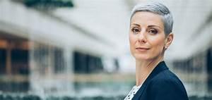 Couleur Ou Meche Pour Cacher Cheveux Blancs : colorer ses cheveux blancs ou gris les pi ges viter madame figaro ~ Melissatoandfro.com Idées de Décoration