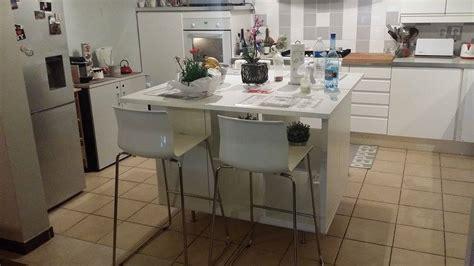 cuisine ikea avec ilot un ilot de cuisine moderne pas cher bidouilles ikea