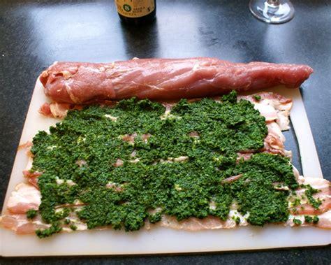 Indrefilet av svin surret i bacon og spinat med ...