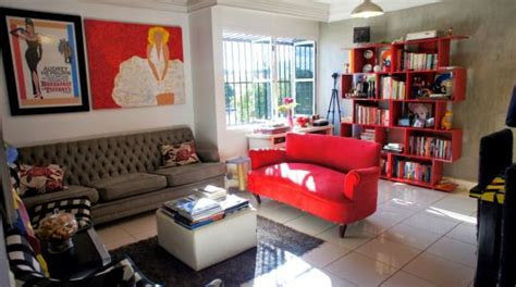 sofa vermelho queimado sala cinza 40 fotos inspiradoras