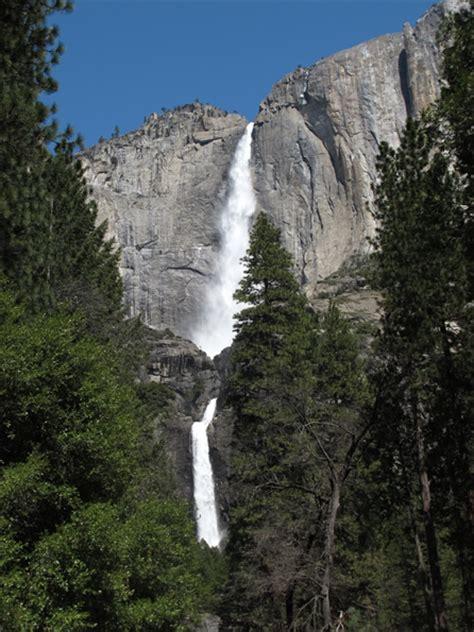 Lower Yosemite Falls Hike