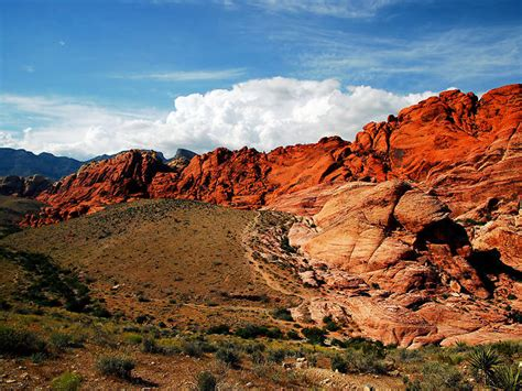 red rock canyon national conservation area attractions  west   strip las vegas