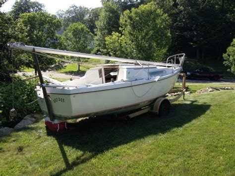 Free Boats Oregon by 24 Ft Sailboat Complete With Trailer Byram Nj