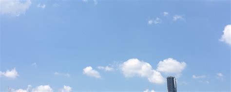 ท้องฟ้าหน้าร้อน