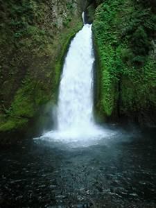 Fluvial Landfor... Waterfall