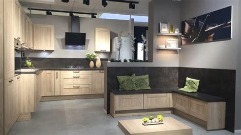cuisine aviva avis trendy modele cuisine aviva with modele cuisine aviva