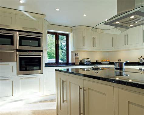 bespoke handmade kitchens grahame  bolton  bungay