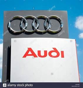 Concessionnaire Audi Allemagne : audi dealers photos audi dealers images alamy ~ Gottalentnigeria.com Avis de Voitures