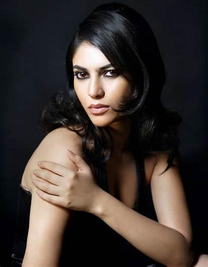 Sherin Actress Shringar Photoshoot Navel Tamil Spicy