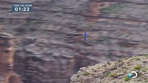 tightrope walker nik wallenda crosses grand canyon  high