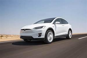 Modele X Tesla : tesla model x 2017 motor trend suv of the year finalist motor trend canada ~ Medecine-chirurgie-esthetiques.com Avis de Voitures