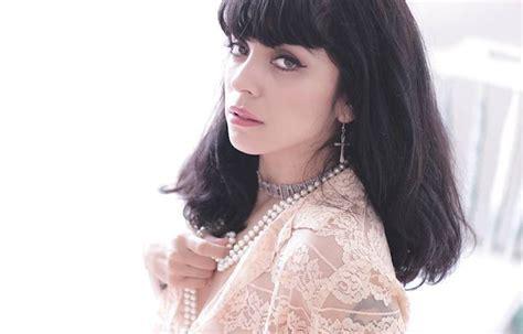 Mon Laferte En Camino Hacia Los Latin Grammy