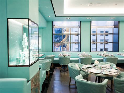 blue box cafe restaurants  midtown east  york