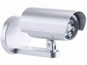 Leuchte Mit Bewegungsmelder Außen : lunartec 2in1 dummy au en kamera leuchte mit ~ A.2002-acura-tl-radio.info Haus und Dekorationen