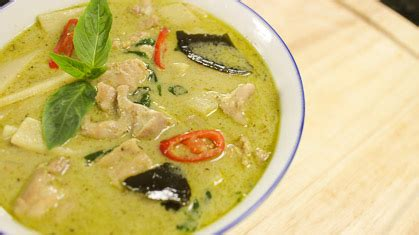 thai kitchen green curry thai green curry chicken recipe and tutorial 7174