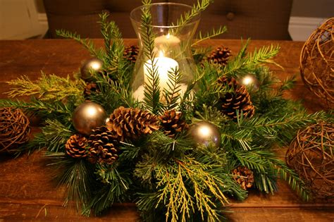23 Christmas Centerpiece Ideas That Will Raise Everybody's