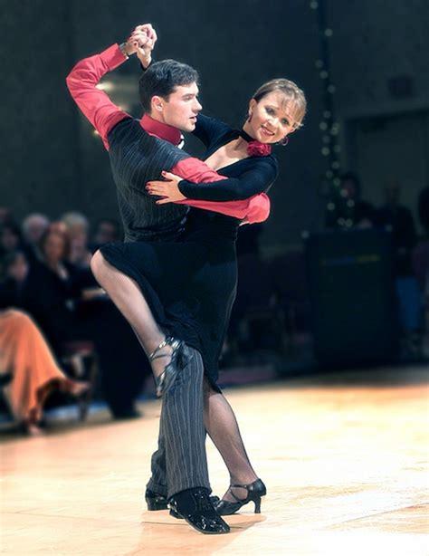 Latin Dancing Salsa Argentine Tango Lessons Classes ...