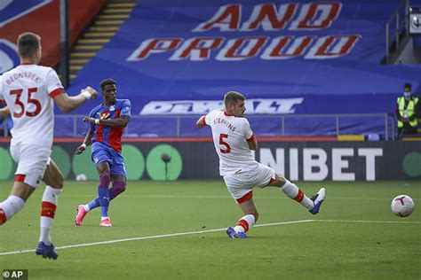 Wilfried Zaha has the perfect chance to impress his ...