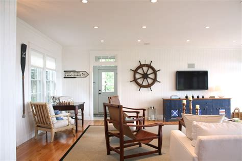 Nautical Accent Decor, Nautical Theme Decorating, Beach House