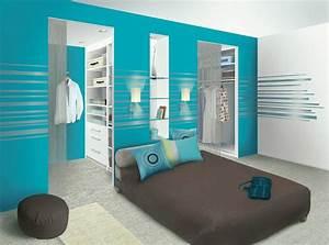 chambre parentale une salle de bain au milieu et un mur With chambre avec salle de bain et dressing