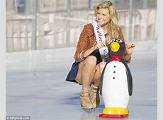 Miss Universe Australia Tegan Martin suffers wardrobe