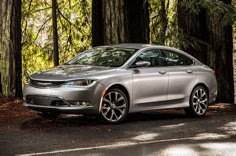 Price Of New Chrysler 200 by Chrysler 200 Reviews Prices New Used 200 Models
