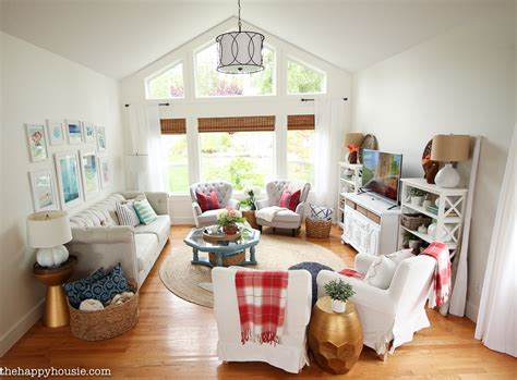 Bright & Airy Lake House Fall Home Tour {part 1} The