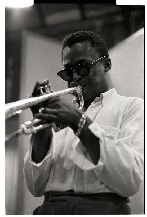 Miles Davis: A Lotta Genius, Not a Lotta Smiles. You Knew ...