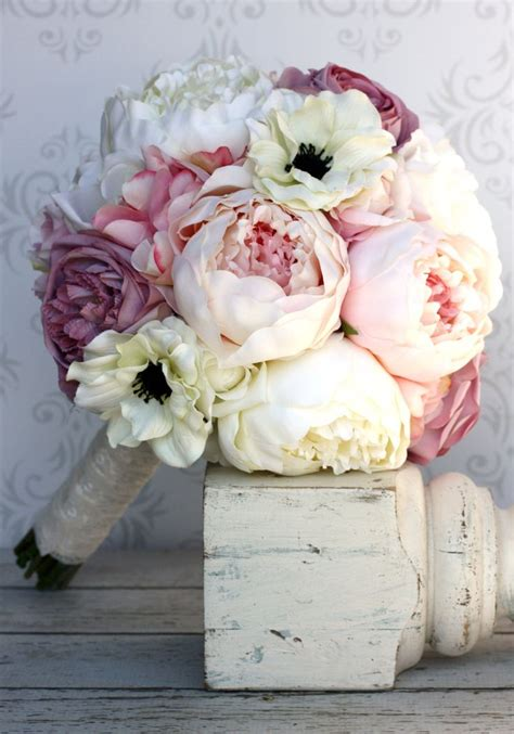 25 best ideas about flower bouquets on wedding flowers vintage wedding