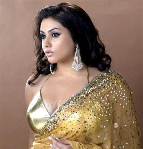 coolfunclub namitha in beautiful saree