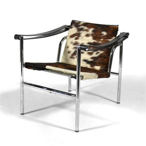 Chaise Le Corbusier Lc1 by Le Corbusier Lc1 Lounge Chairs By Cassina At 1stdibs