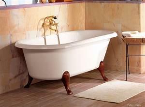 Badewanne Auf Füßen : badewanne mit f en spektakul r auf kreative deko ideen mit zus tzlichen freistehende badewanne ~ Orissabook.com Haus und Dekorationen